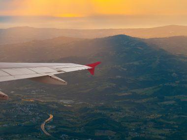 Vliegen naar Toscane