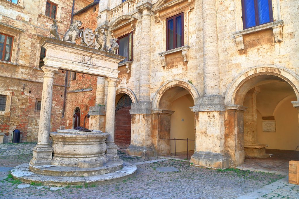 Pozzo, Montepulciano
