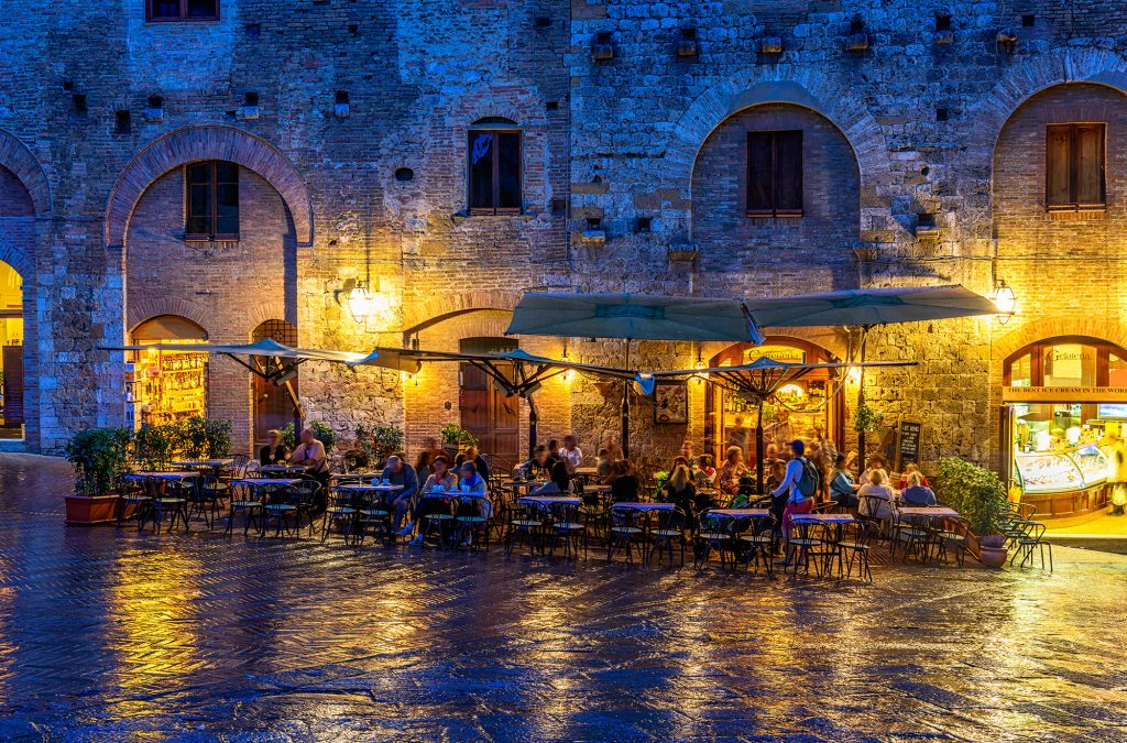 Wine dine centrum in San Gimignano