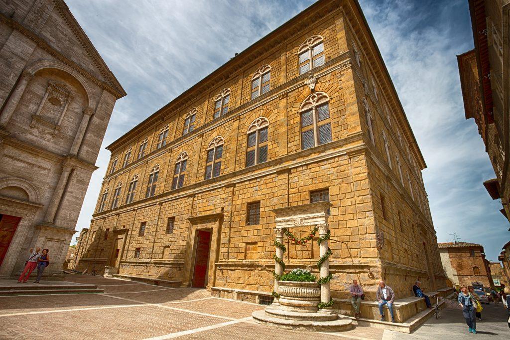 Palazzo Piccolomini, Pienza