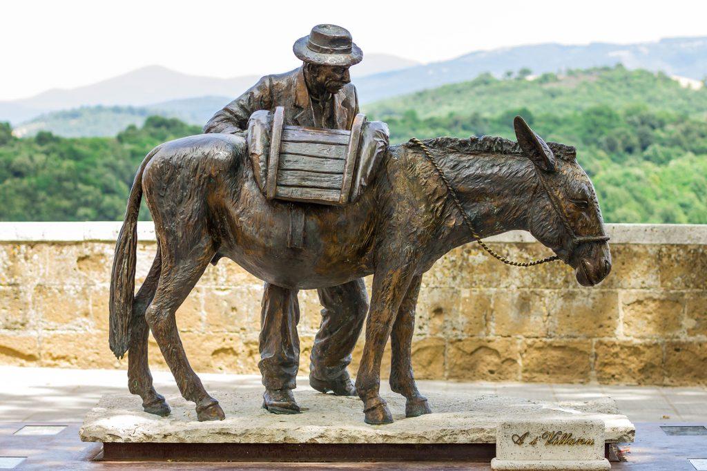 Het standbeeld van de ezel, Pitigliano
